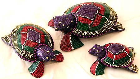 Southwestern handcraft treasure - assorted color painted dotted Batik turtle family set