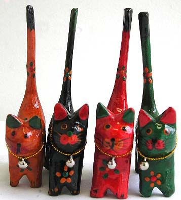 Color painting mini wooden cat set with mini bell on neck, set of 4 pieces
