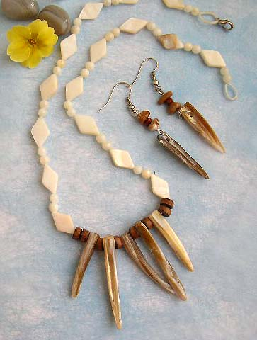 costume jewelry, wholesale costume jewelry necklace and earring set made of genuine seashell