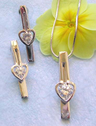 Fine Cz jewelry catalog wholesale chain necklace, clear cz heart on strip pendant and stud earring set